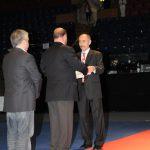 2011 EM Schlusszeremonie Übergabe Flagge an WKF-Präsident
