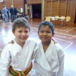 Fairplay im Karate Enzo und Schumi