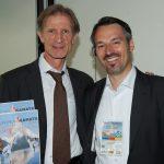 EM 2011 Thomas Peyer mit OK-Präsident Gion Honegger